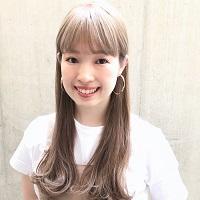 やしまひとみさん(美容師/ROVER原宿 ディレクター)